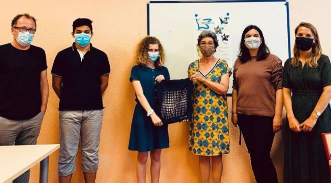 Les enfants coiffeurs d'un jour aident les jeunes hospitalisés à l'hôpital sud de Rennes